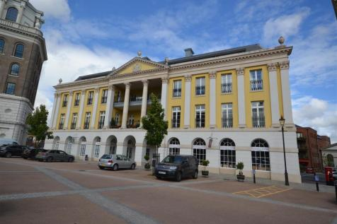 Queen Mother Square, Poundbury. 3 bedroom penthouse for sale