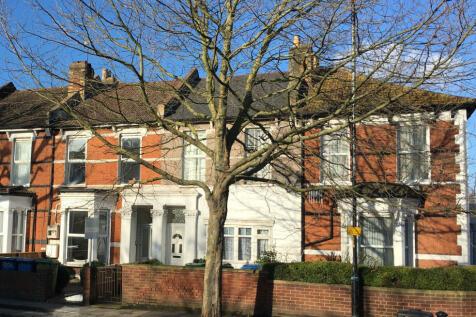 Grove Vale, East Dulwich, SE22. 4 bedroom terraced house