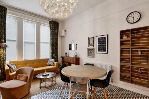 545 Lordship Lane, London, SE22. 2 bedroom flat