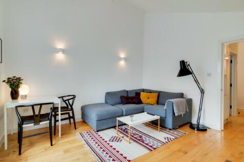 East Dulwich Road, London, SE22. 2 bedroom flat