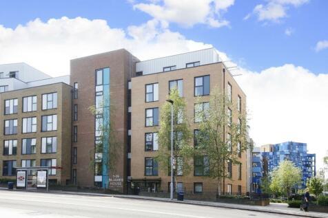 St. James House, 52 Blackheath Hill, Greenwich, SE10. 2 bedroom flat