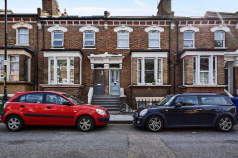Bawdale Road, London, SE22. 2 bedroom flat