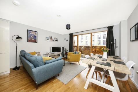 St. James House, 52 Blackheath Hill, Greenwich, SE10. 2 bedroom flat for sale