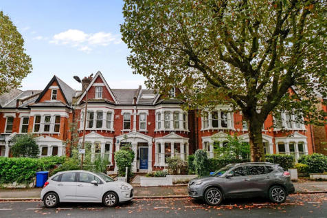 Beckwith Road, London, SE249LG. 1 bedroom flat for sale