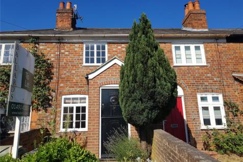Reading Road, Henley-on-Thames, Oxfordshire, RG9. 2 bedroom terraced house