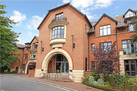 Royal Apartments, Perpetual House, Station Road, Henley-on-Thames, Oxfordshire, RG9. 1 bedroom flat