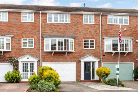Baronsmead, Henley-on-Thames, Oxfordshire, RG9. 4 bedroom terraced house