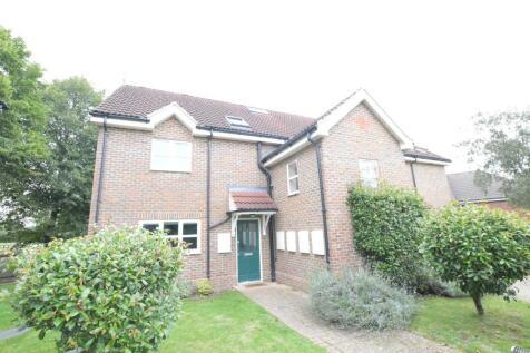 Banfield Court, London Colney, AL2. 2 bedroom flat