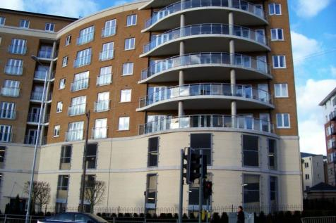 Handley's Court, Selden Hill, Hemel Hempstead, HP2. 2 bedroom flat