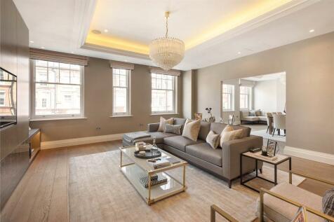 Pont Street, Knightsbridge,, London, SW1X. 3 bedroom flat for sale