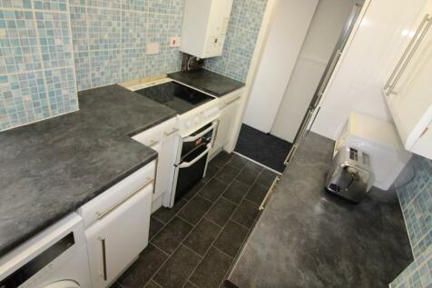 Redshaw Street, Derby, Derbyshire, DE1. 4 bedroom terraced house