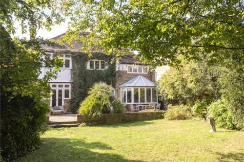 Lytton Grove, London, SW15. 6 bedroom detached house