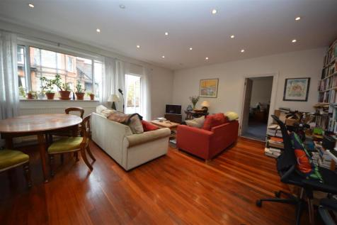 College House, New College Parade. 1 bedroom flat