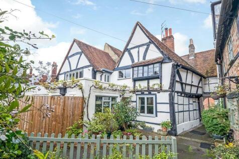 Avon View, Castle Street, Salisbury, SP1. 3 bedroom terraced house for sale