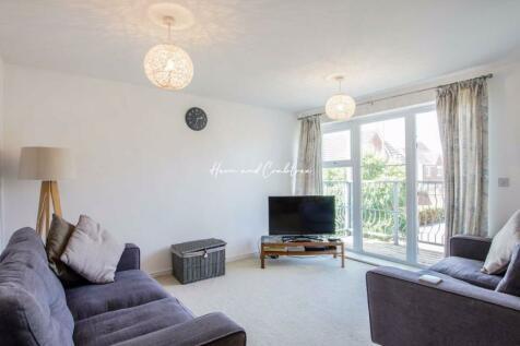 Tatham Road, Llanishen, Cardiff. 2 bedroom flat
