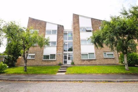 Woodside Court, Llanishen, Cardiff. 2 bedroom flat
