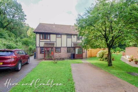 Heathbrook, Llanishen, Cardiff. 3 bedroom semi-detached house
