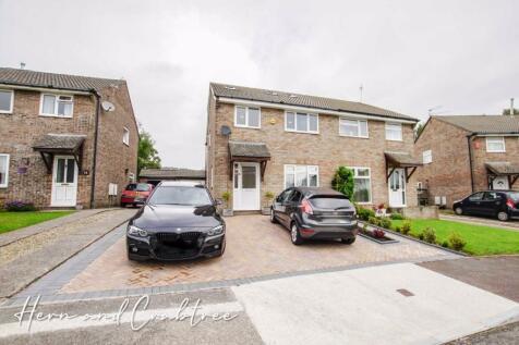 Pen-Y-Cefn, Thornhill, Cardiff. 4 bedroom semi-detached house