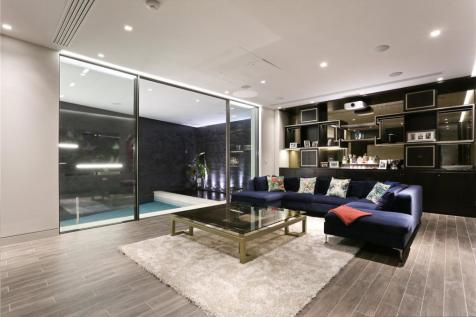 Westbourne Grove Mews, London, W11. 4 bedroom mews house for sale