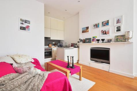 Clanricarde Gardens London W2. 1 bedroom apartment