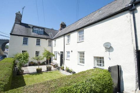 Menai Bridge, Anglesey. 8 bedroom detached house for sale
