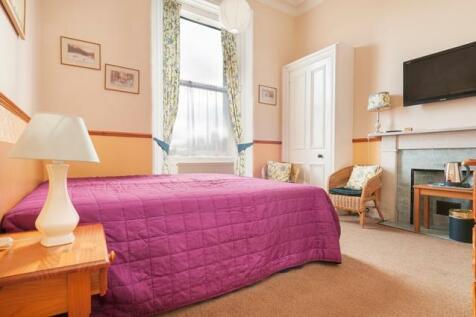 Priestfield Road Edinburgh EH16 5HJ United Kingdom. 1 bedroom flat