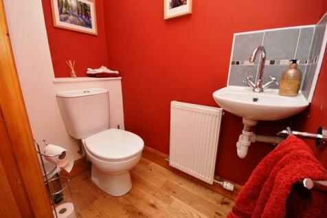 Mayshade Road Loanhead EH20 9HL United Kingdom. 5 bedroom detached house