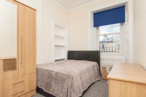 Polwarth Gardens Edinburgh EH11 1LN United Kingdom. 1 bedroom flat share