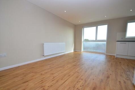 Cranston Close, Ickenham, UB10. 1 bedroom apartment