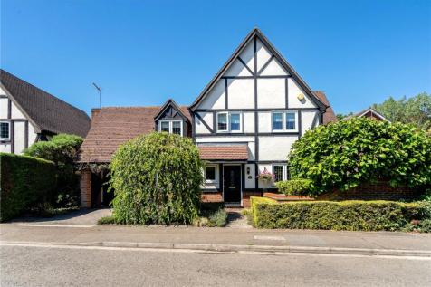 Deerings Drive, Pinner, Middlesex, HA5. 4 bedroom detached house for sale