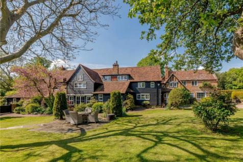 Tower Hill, Chipperfield, Kings Langley, Hertfordshire, WD4. 7 bedroom detached house for sale