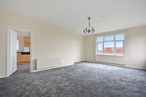 Green Lane, Northwood, Middlesex, HA6. 2 bedroom apartment