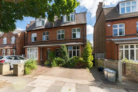 Cedars Road, Hampton Wick, Kingston upon Thames. 5 bedroom semi-detached house for sale