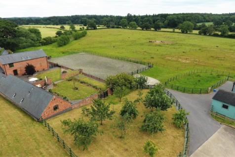 Ashow, Kenilworth, Warwickshire. 5 bedroom barn conversion for sale