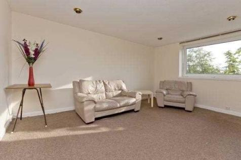 Morrison Drive, Aberdeen. 2 bedroom apartment