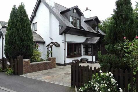 Broad Oak Lane, Penwortham, Preston. 4 bedroom detached house