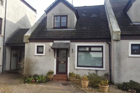 Carters Place, Irvine, Ayrshire, KA12. 2 bedroom end of terrace house
