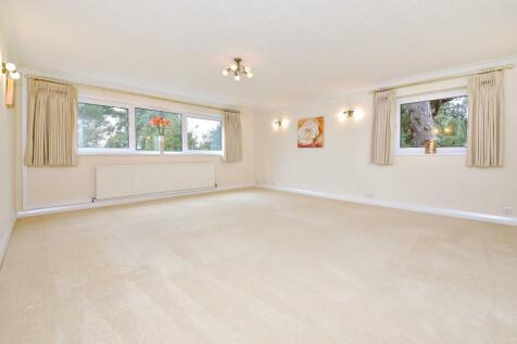 South Hill, Northwood. 2 bedroom flat