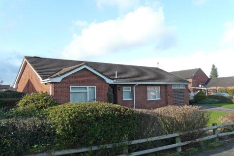 Hillary Drive, Hereford, HR4. 3 bedroom detached bungalow
