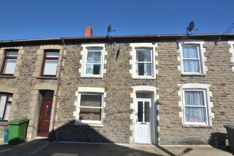 Jones Street, Mountain Ash, South Glamorgan, Rhondda Cynon Taff, CF45. 3 bedroom terraced house