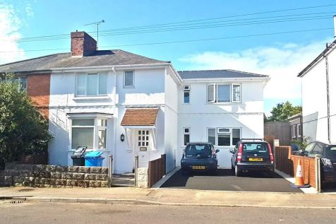 Recreation Road, Poole, BH12. 7 bedroom semi-detached house