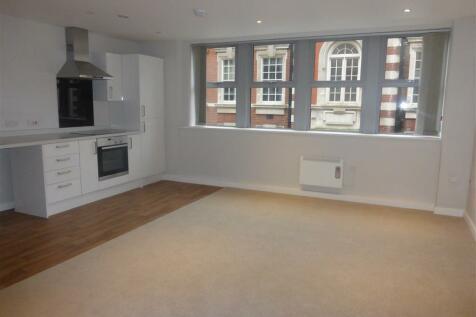Princes Street, Ipswich. Studio apartment