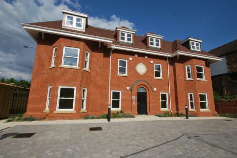 Ashmere Avenue Beckenham BR3. 2 bedroom flat