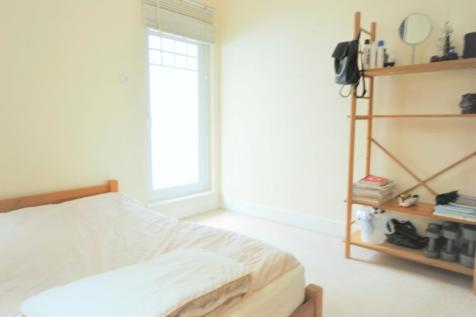 Five Oaks Mews Bromley BR1. House share