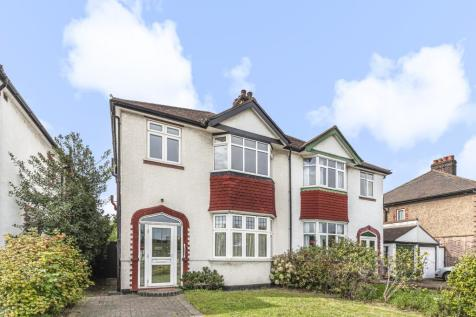 Sidcup Road Lee SE12. 3 bedroom semi-detached house