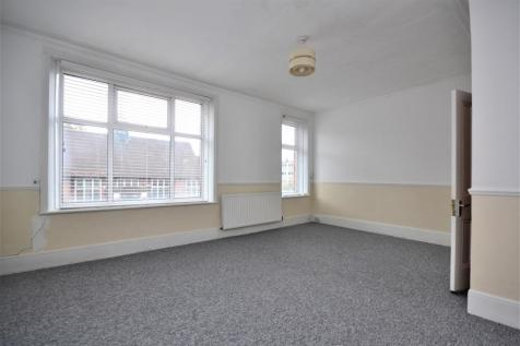 Masons Hill BR2. 3 bedroom flat