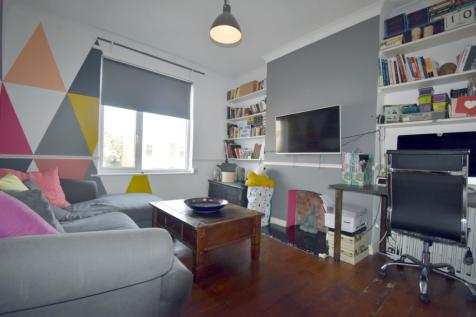 Aldworth Grove London SE13. 2 bedroom flat