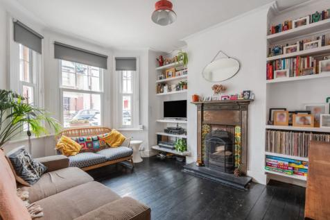 Datchet Road London SE6. 4 bedroom terraced house