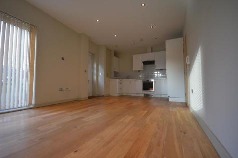 Hither Green Lane Hither Green SE13. 1 bedroom flat