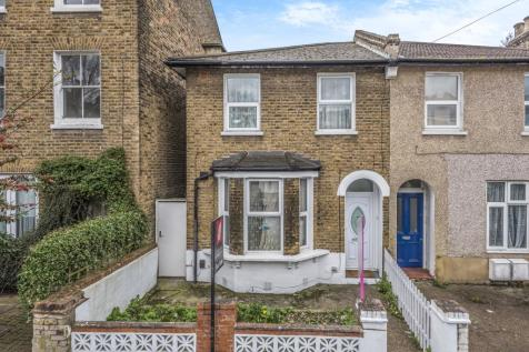 Courthill Road Lewisham SE13. 2 bedroom terraced house